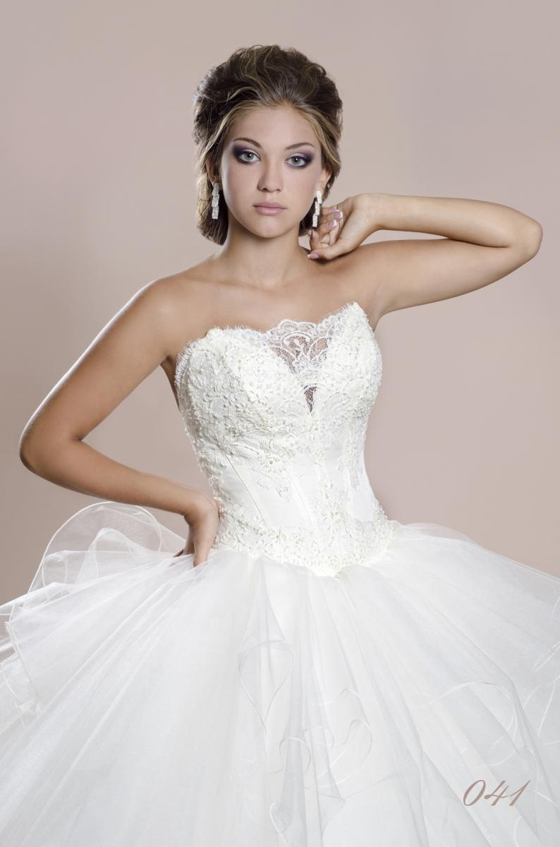 Wedding Dress Dianelli 041