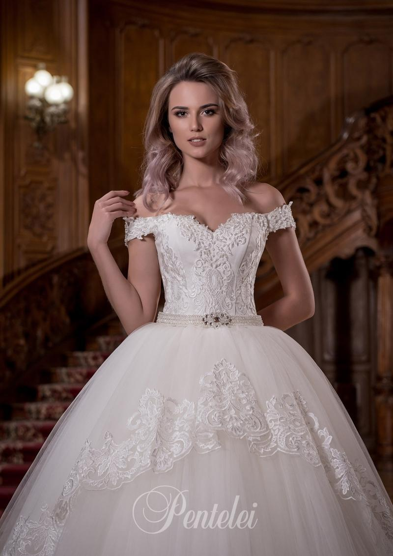 Wedding Dress Pentelei 1709