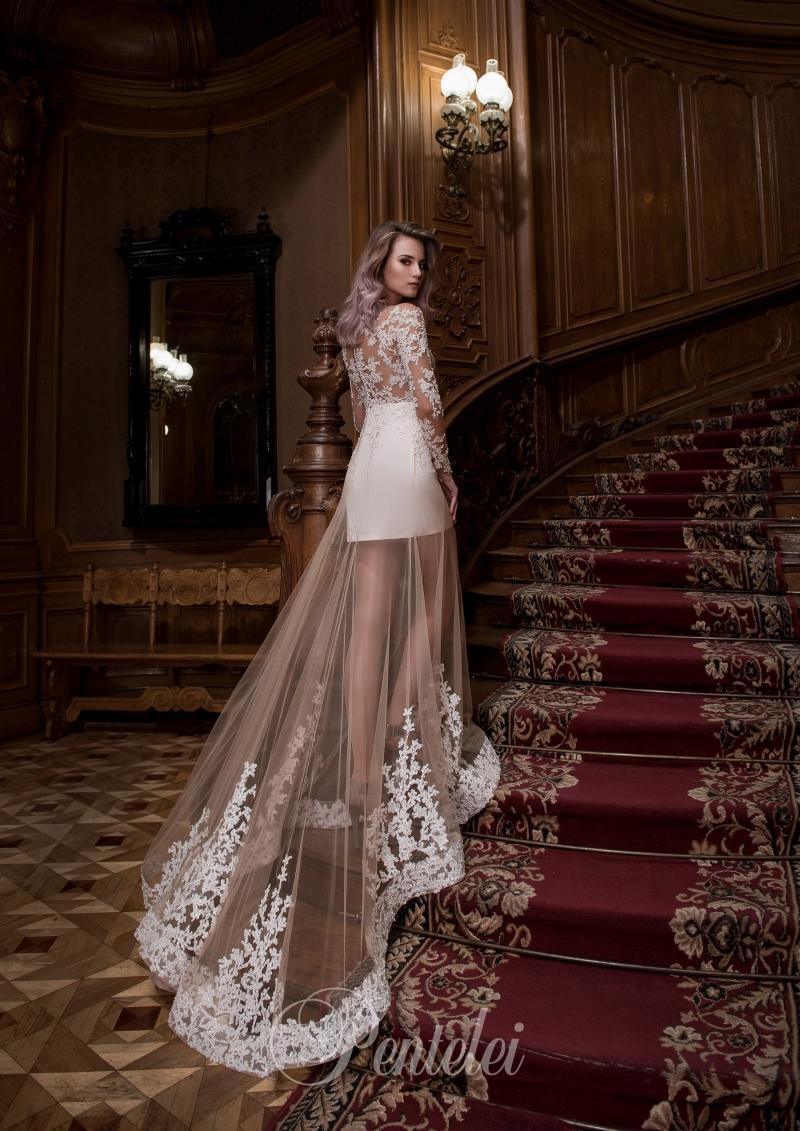 Suknia ślubna Pentelei 1752