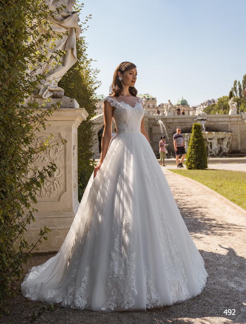 Свадебное платье Elena Novias 492