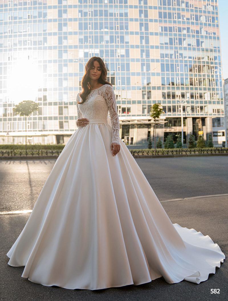 Свадебное платье Elena Novias 582