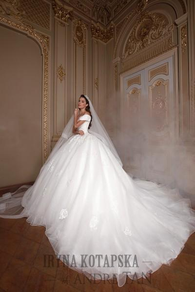 Wedding Dress Iryna Kotapska KT2024