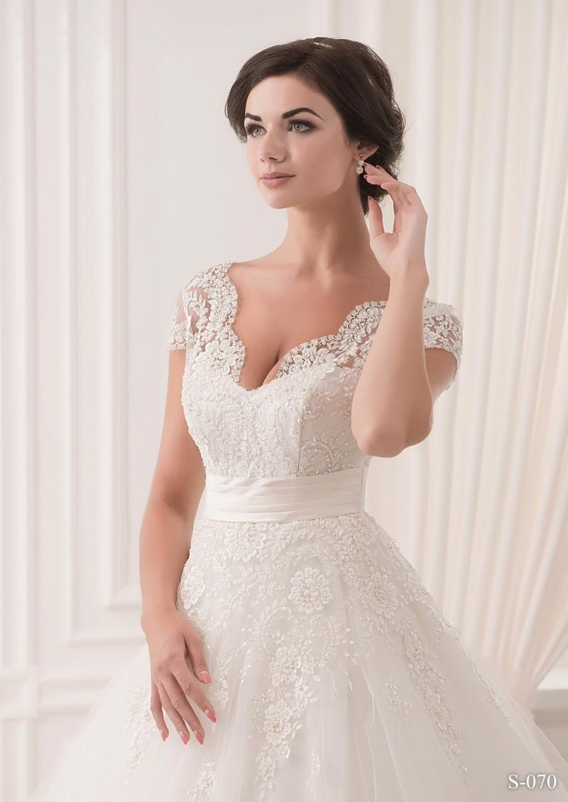 Свадебное платье Silviamo S-070