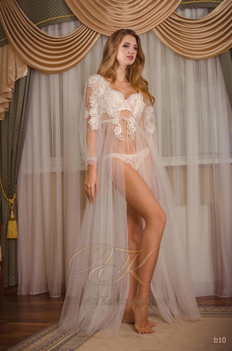Budoárové šaty Victoria Karandasheva b10