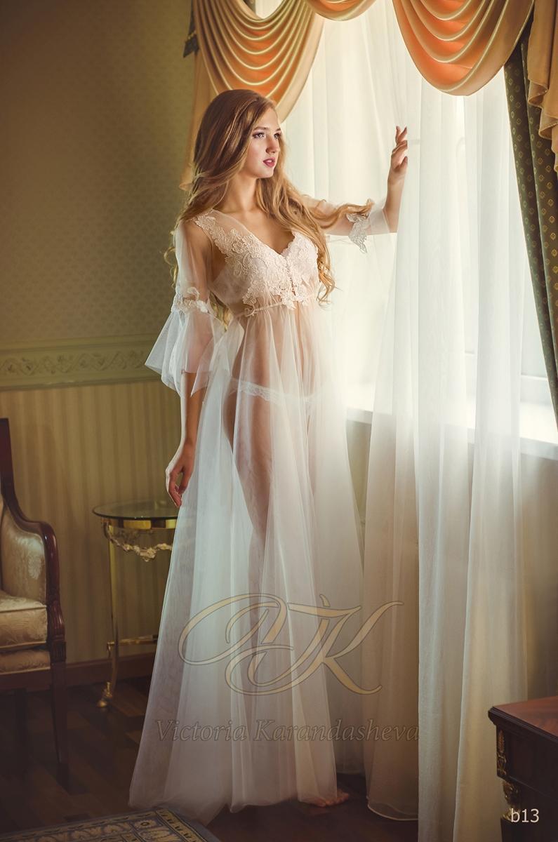 Budoárové šaty Victoria Karandasheva b13