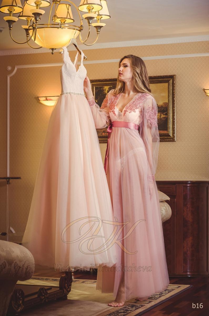 Budoárové šaty Victoria Karandasheva b16
