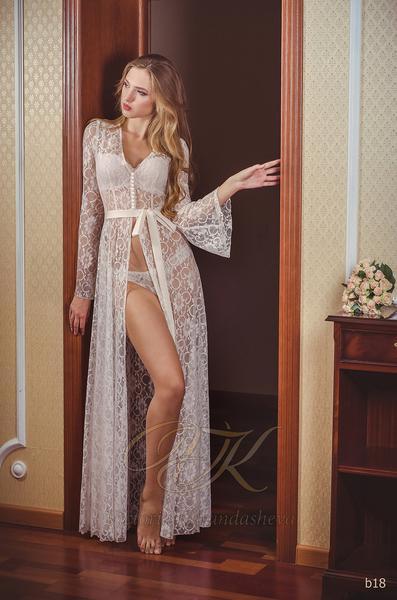 Budoárové šaty Victoria Karandasheva b18