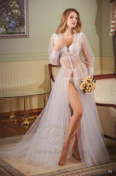 Budoárové šaty Victoria Karandasheva b5