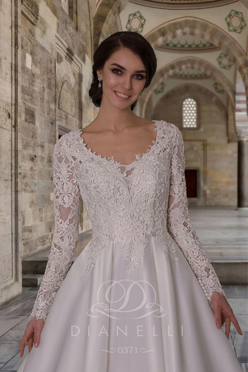 Свадебное платье Dianelli 0371