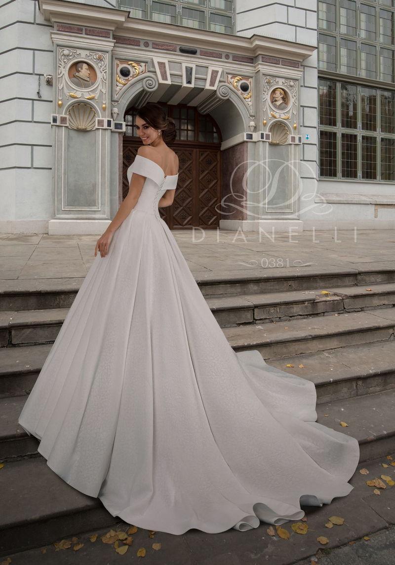 Свадебное платье Dianelli 0381