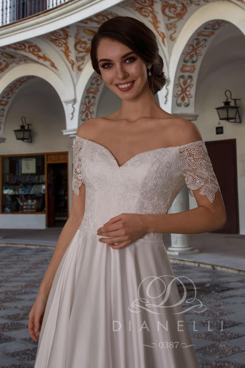 Suknia ślubna Dianelli 0387
