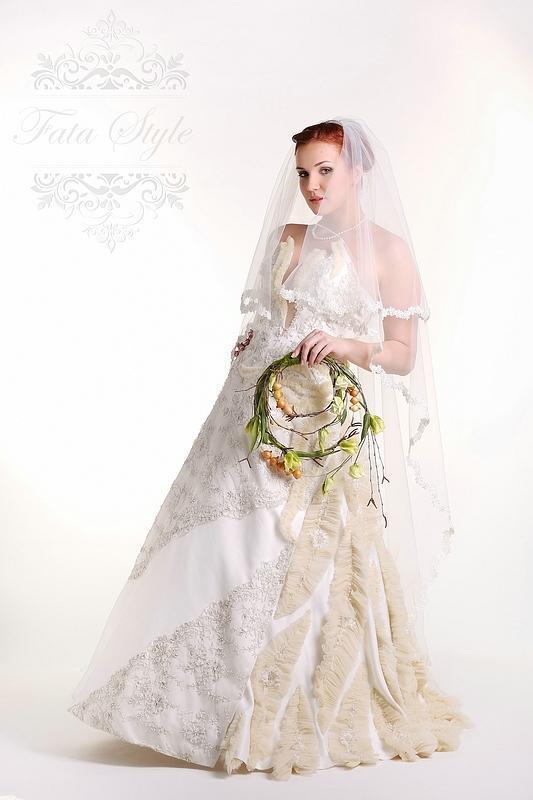 Brautschleier Fata Style Камила