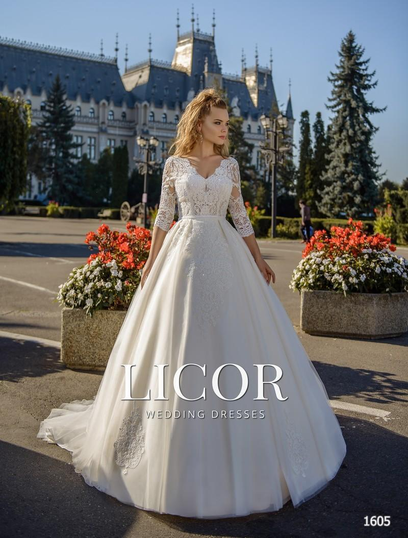 Brautkleid Licor 1605
