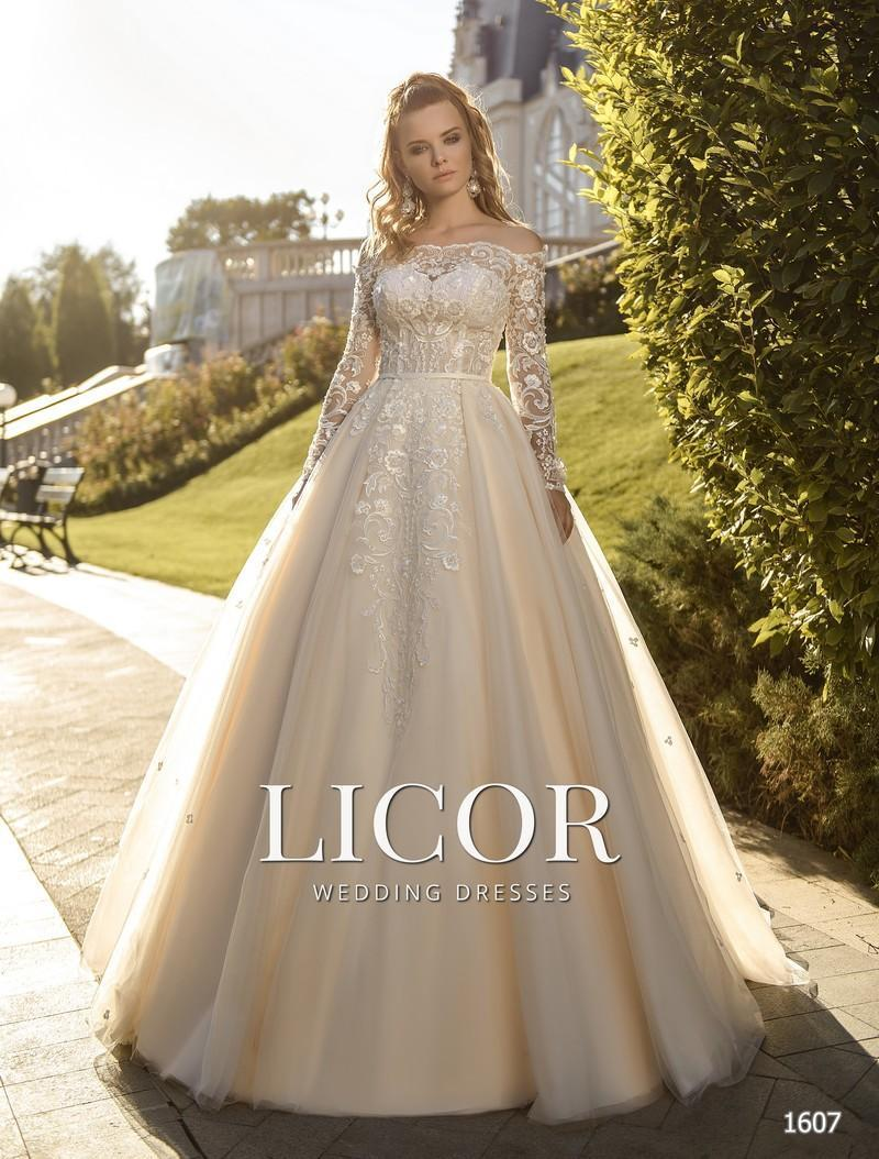 Brautkleid Licor 1607