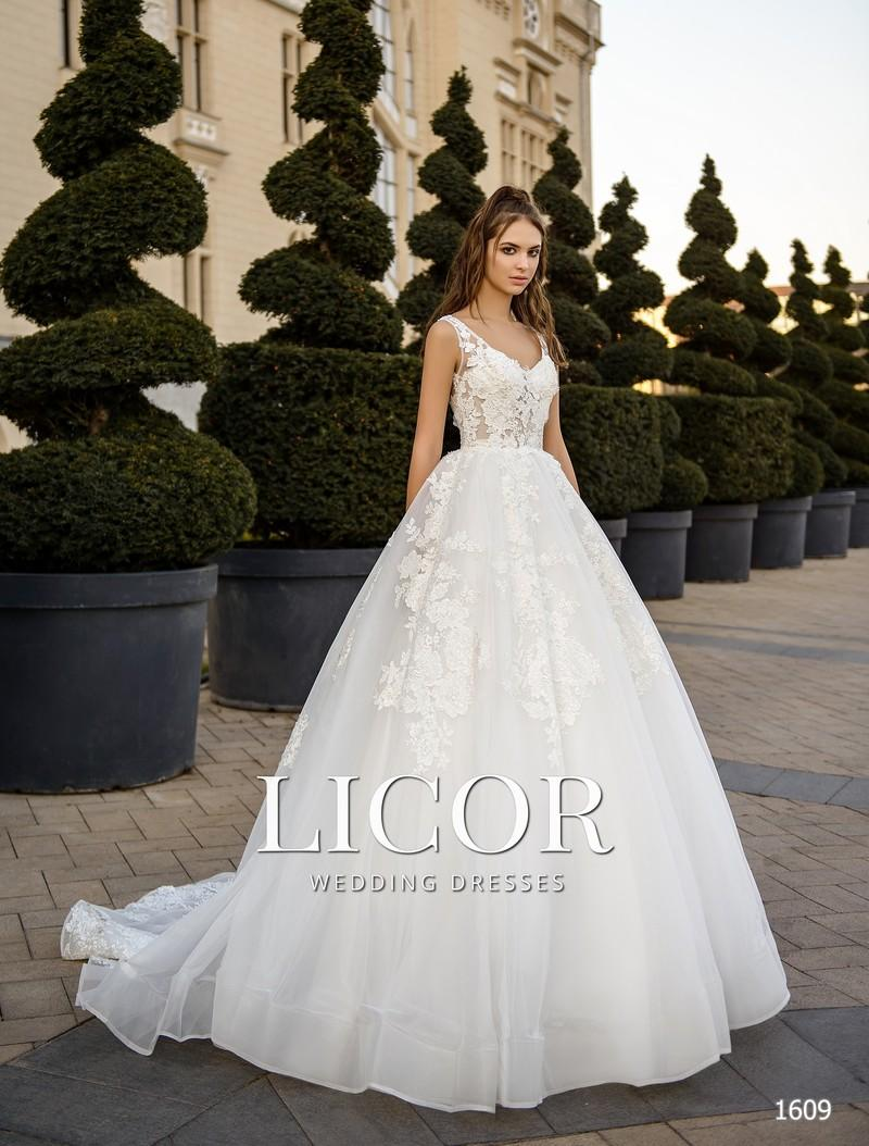 Brautkleid Licor 1609