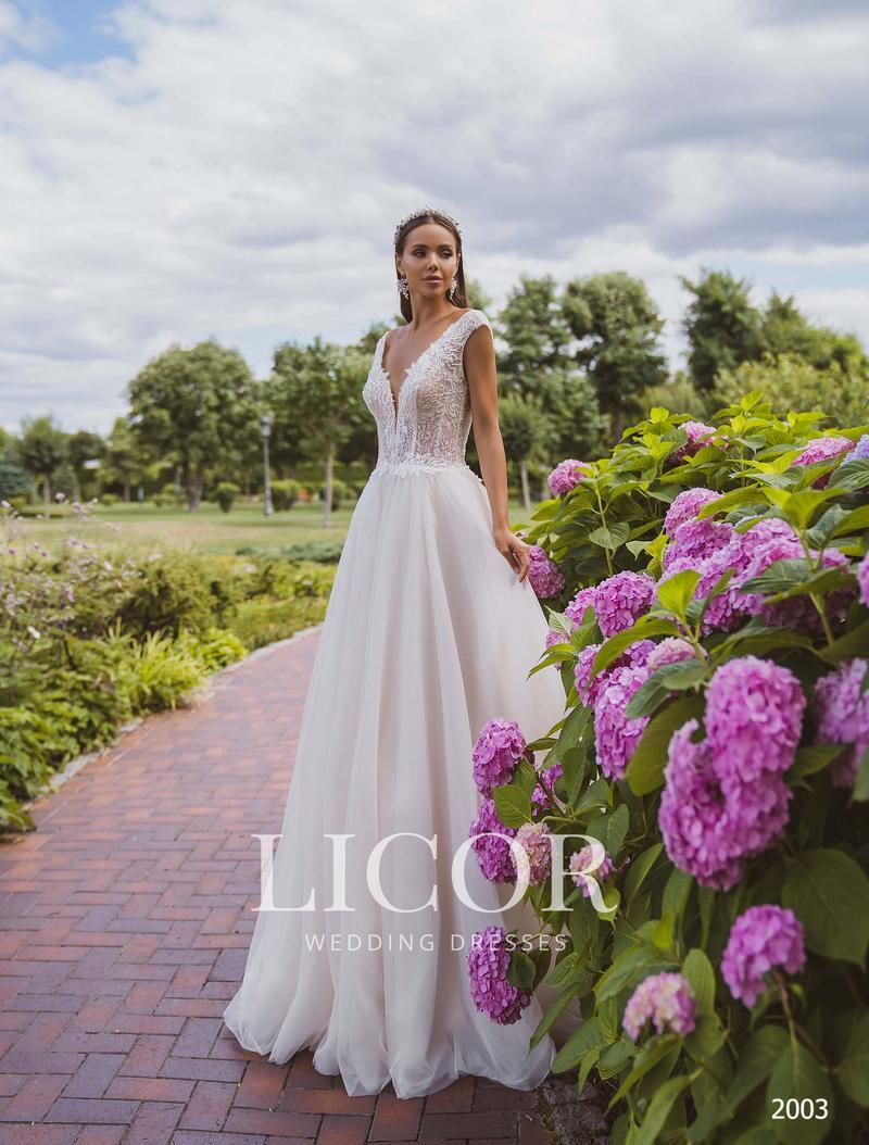 Wedding Dress Licor 2003