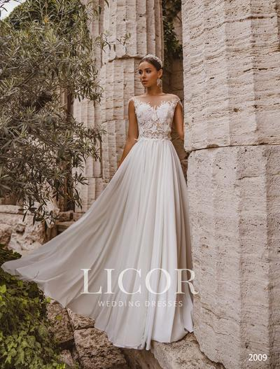 Brautkleid Licor 2009