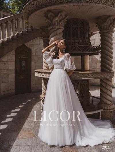 Brautkleid Licor 2011
