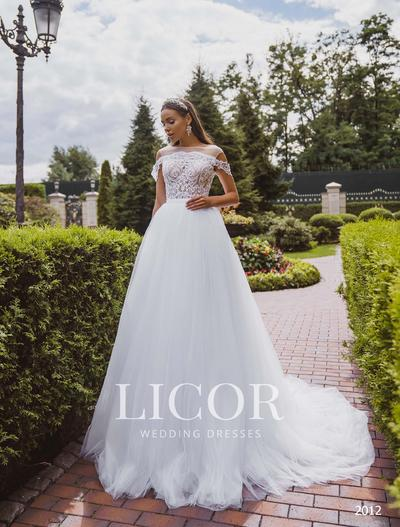 Brautkleid Licor 2012