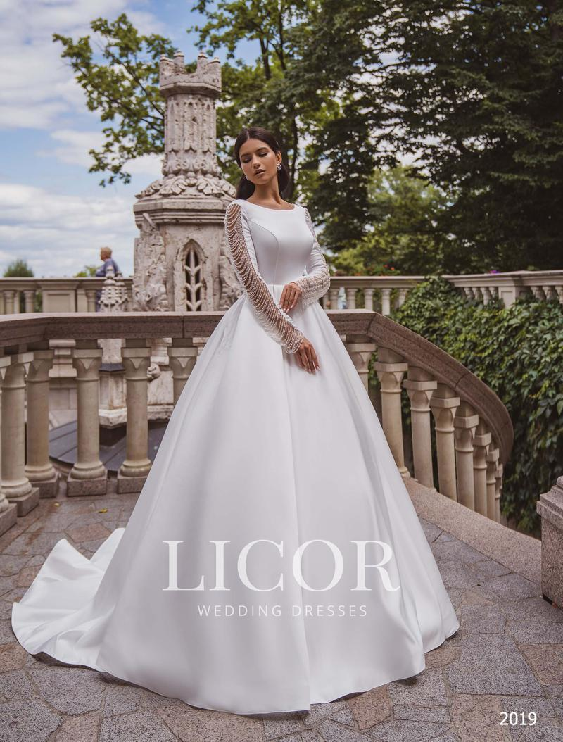 Brautkleid Licor 2019