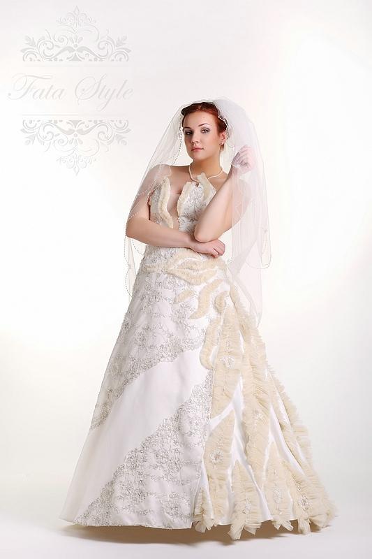 Welon ślubny Fata Style Мадлен