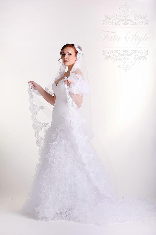 Svatební závoj Fata Style Пенелопа