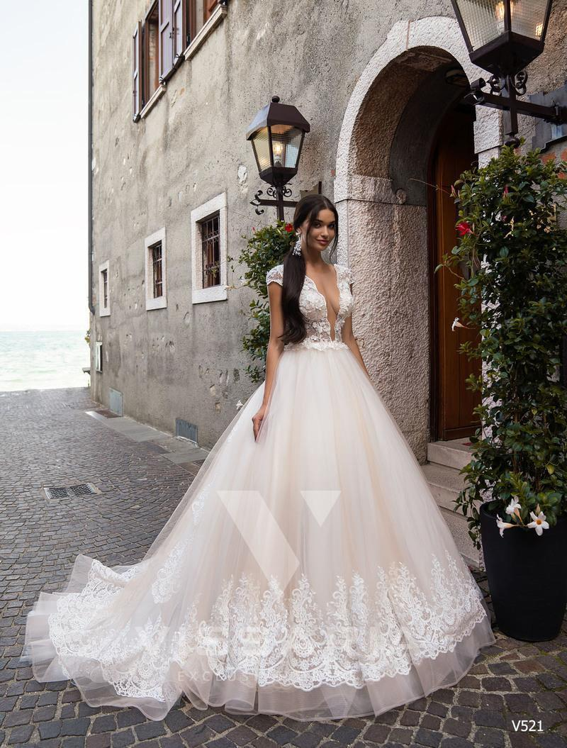 Wedding Dress Vissaria V521